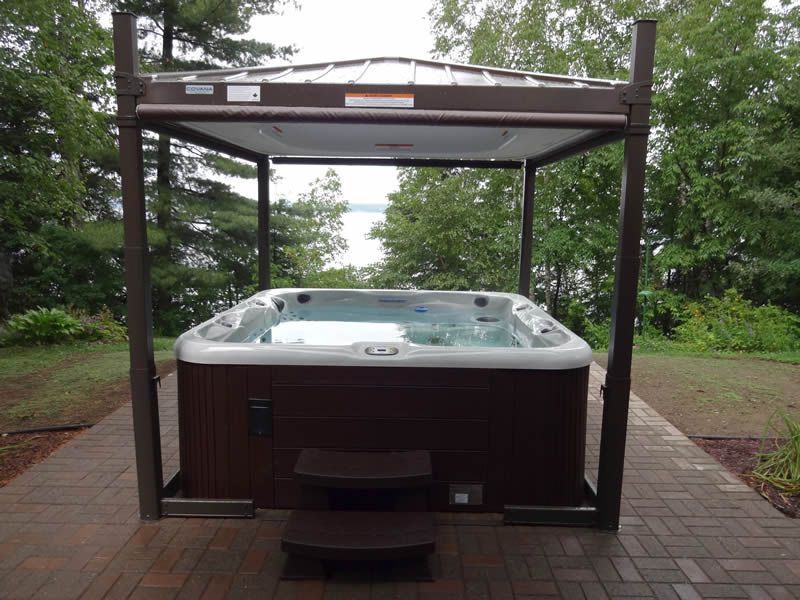 Sundance Spas | Hot Tubs & Swim Spas Salt Lake City | Backyards of ...